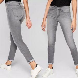 Athleta Skulptek Jeans skinny light gray wash
